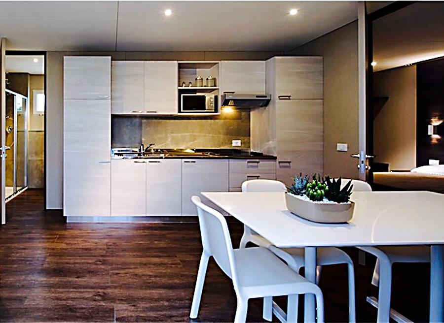 soggiorno-elba-appartamenti-elba-bungalow-cucina@2x - Talas Diving ...